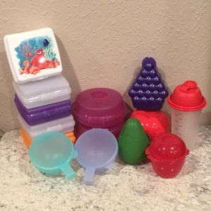Tupperware lunch bundle (lot of 14)